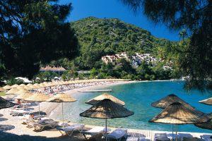 hillside_beach_cnt_25may10_pr_b